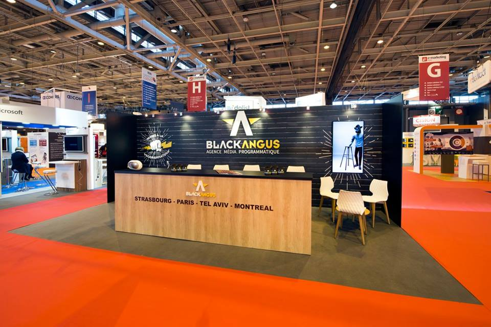STAND BLACKANGUS SALON E-MARKETING